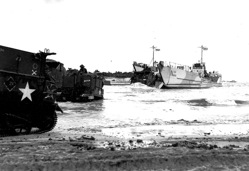 D-Day June 6, 1944 - 12th Field Regiment RCA Juno Beach Landing