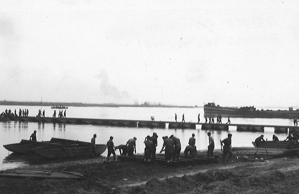 bridge building-crossing Rhine- 12th Field Gnr Marriner