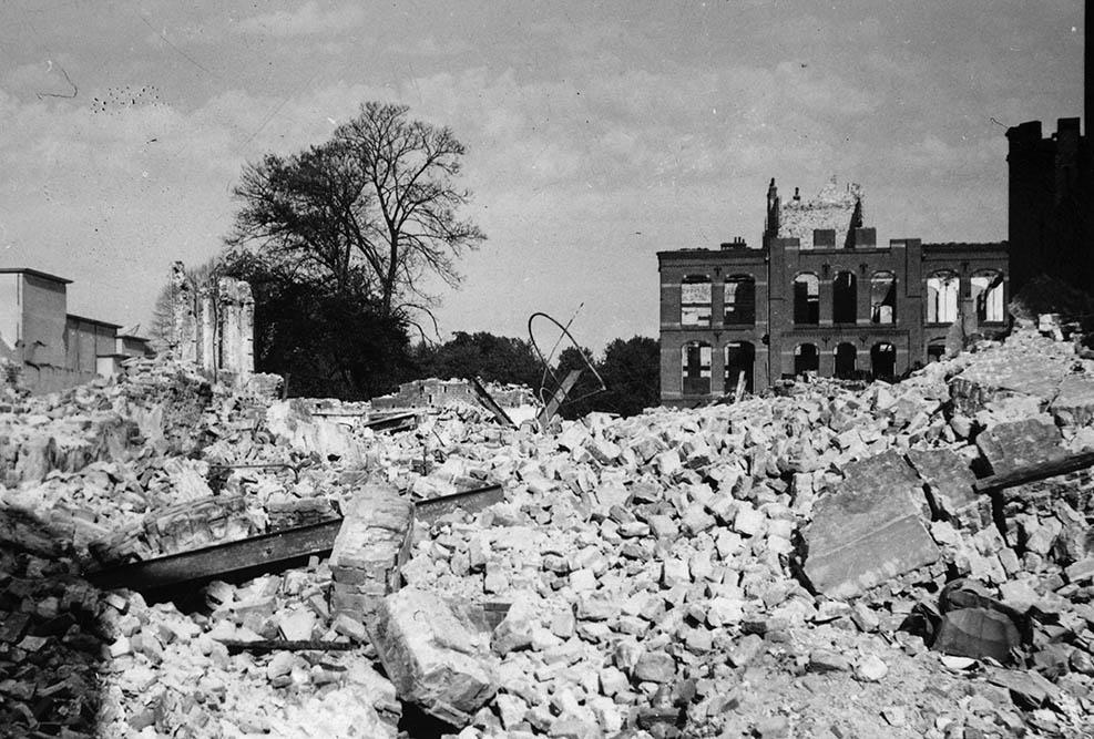 Caen Destruction