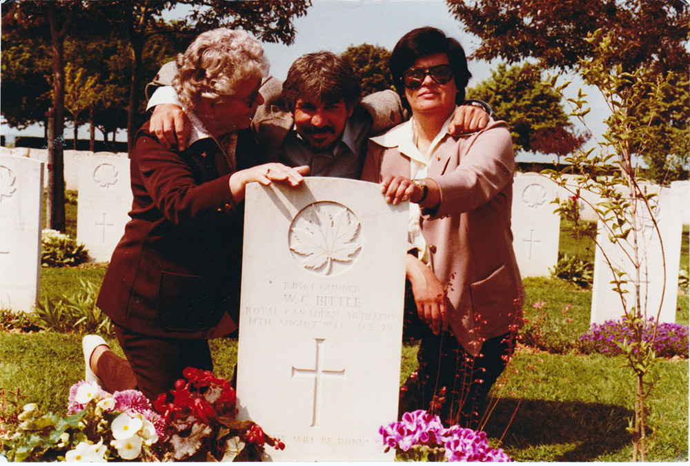 Barry with his mother Kate and sister Beverley at the Canadian Cemetery, early 1980s